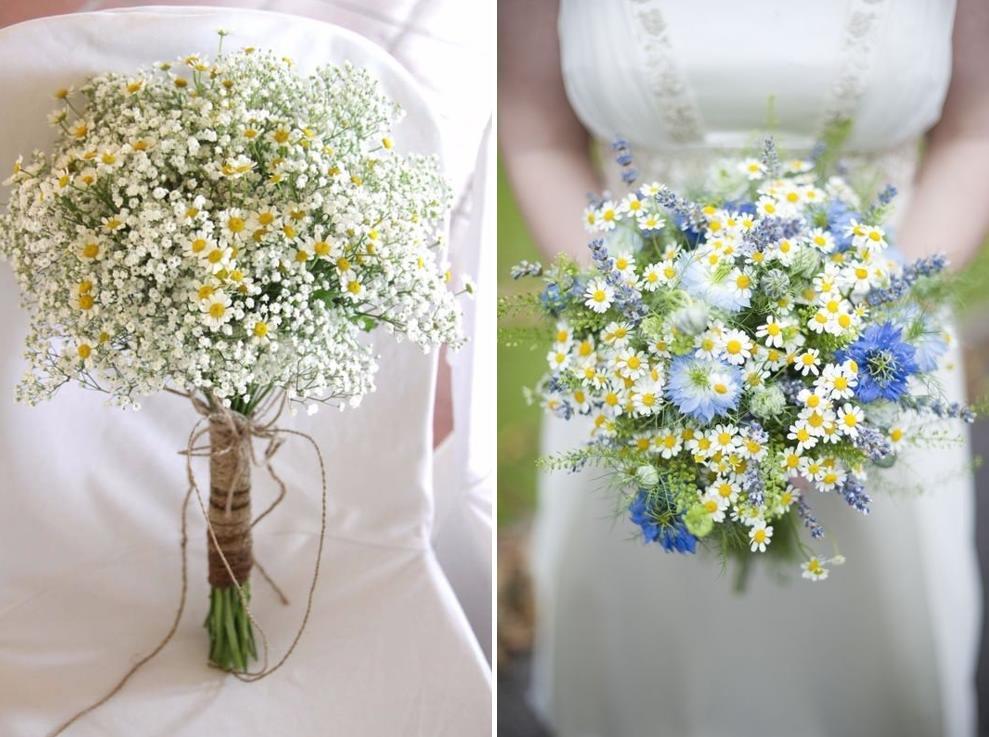Букет полевых цветов в руке